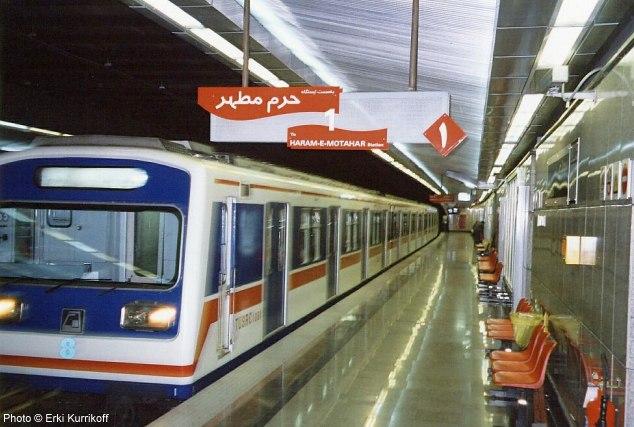 از مترو جا نمانید؛ نگاهی به اپلیکیشن مترو تهران